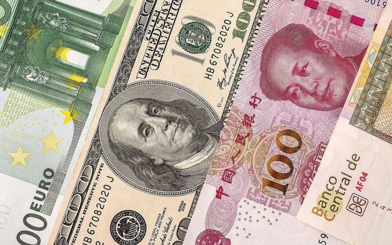 Why-do-countries-devalue-their-currency
