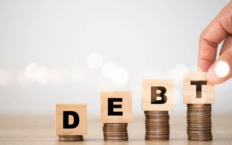 What-happens-when-a-country-has-too-much-debt